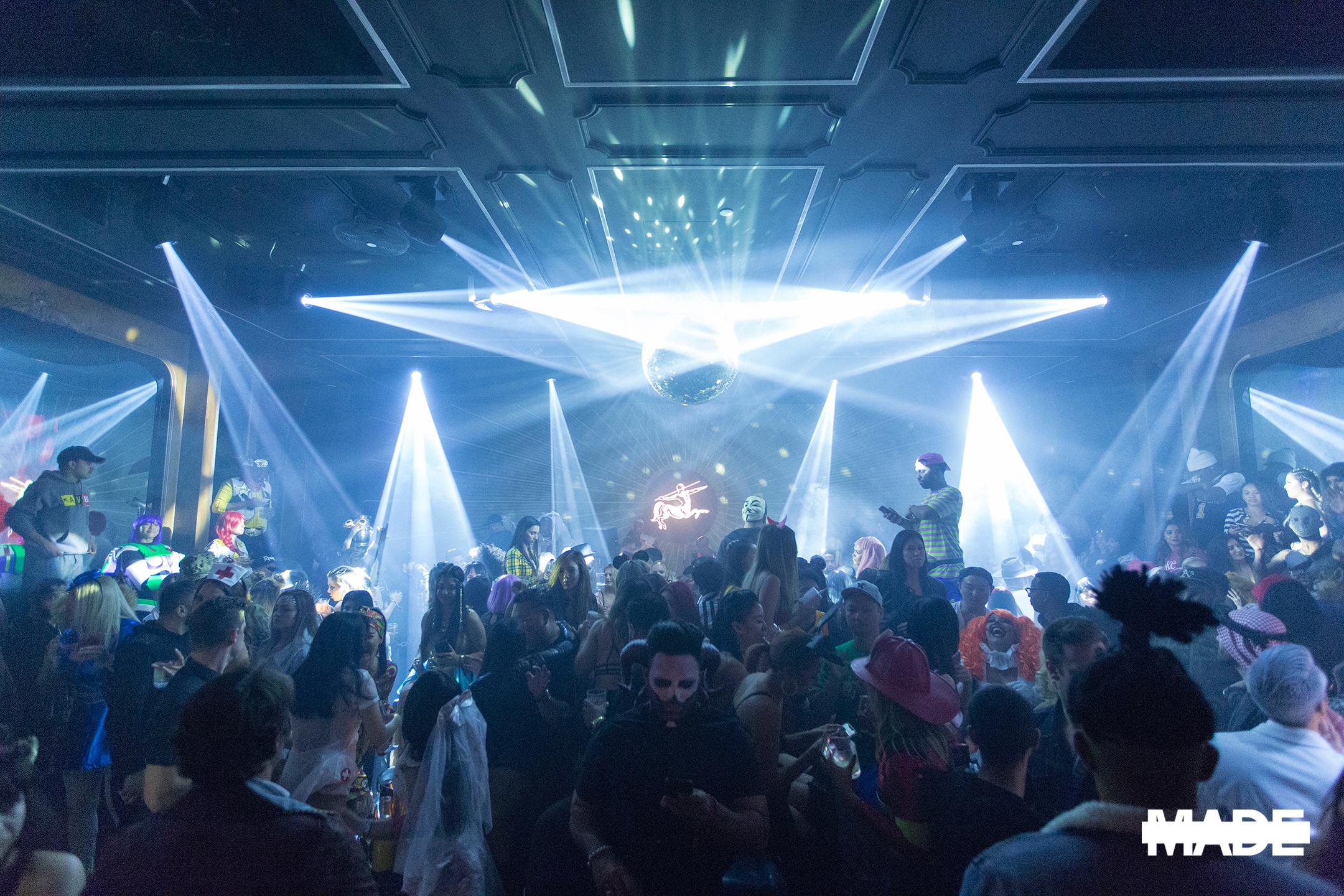 halloween at avenue nightclub (18).jpg