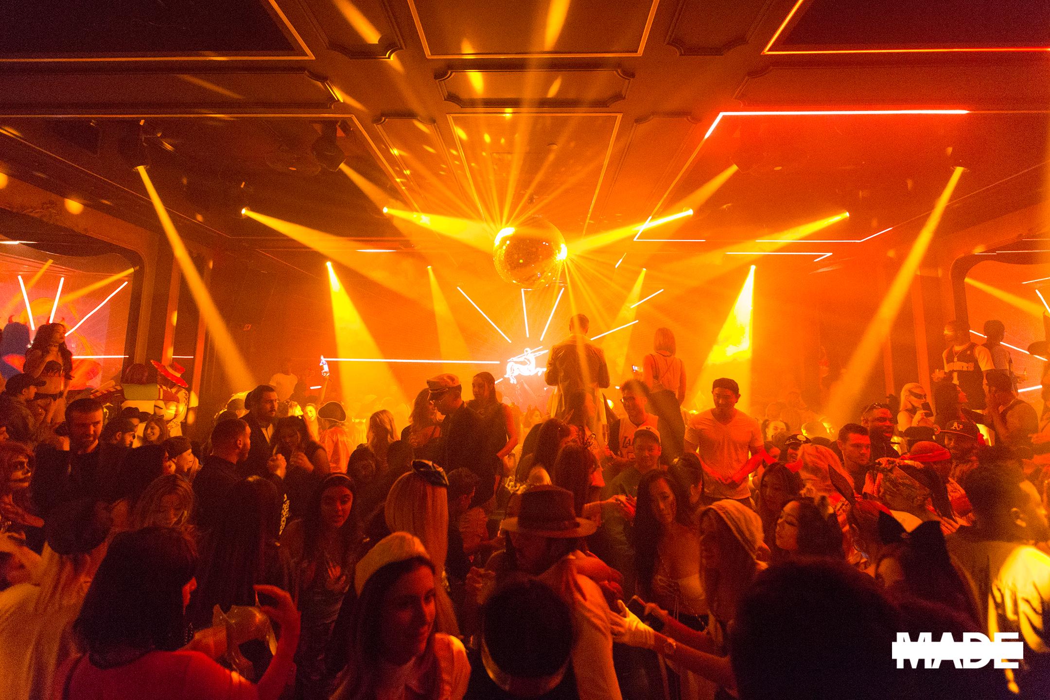 halloween at avenue nightclub (22).jpg