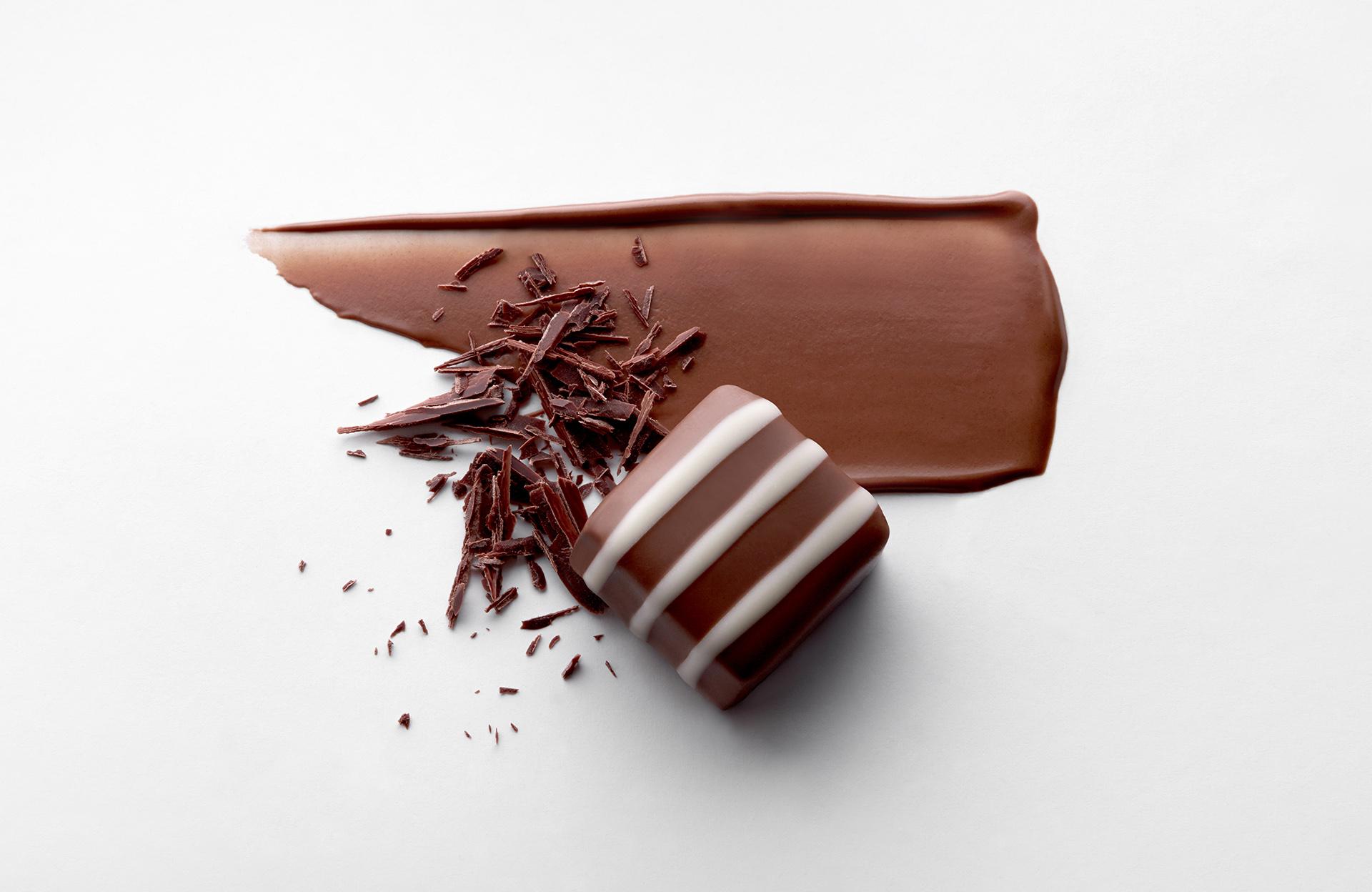 chocolate-smears-swatches-creative-food-still-life-photographer-london-photography-1.jpg