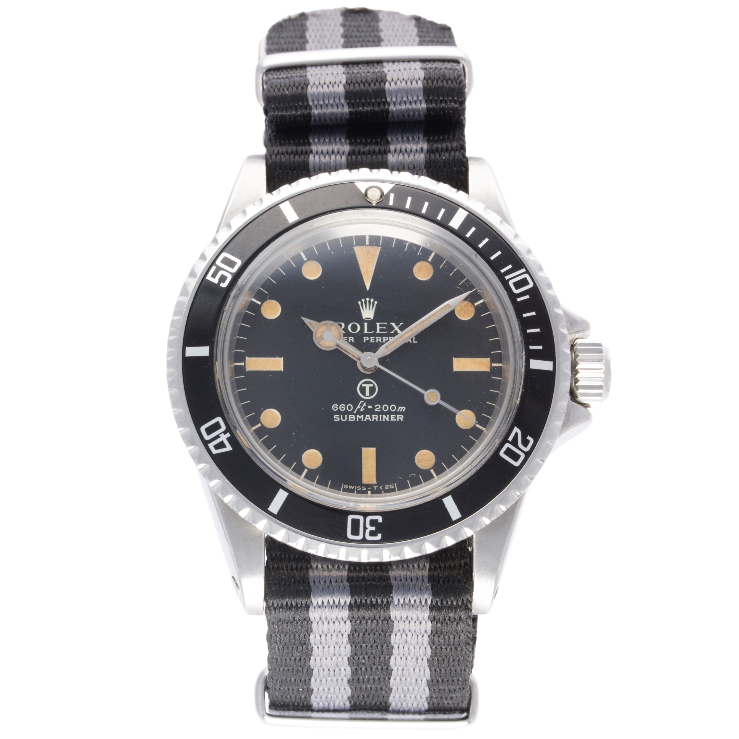 Lot 298 - Rolex Submariner Ref. 5513, Issued to the British Military in 1971