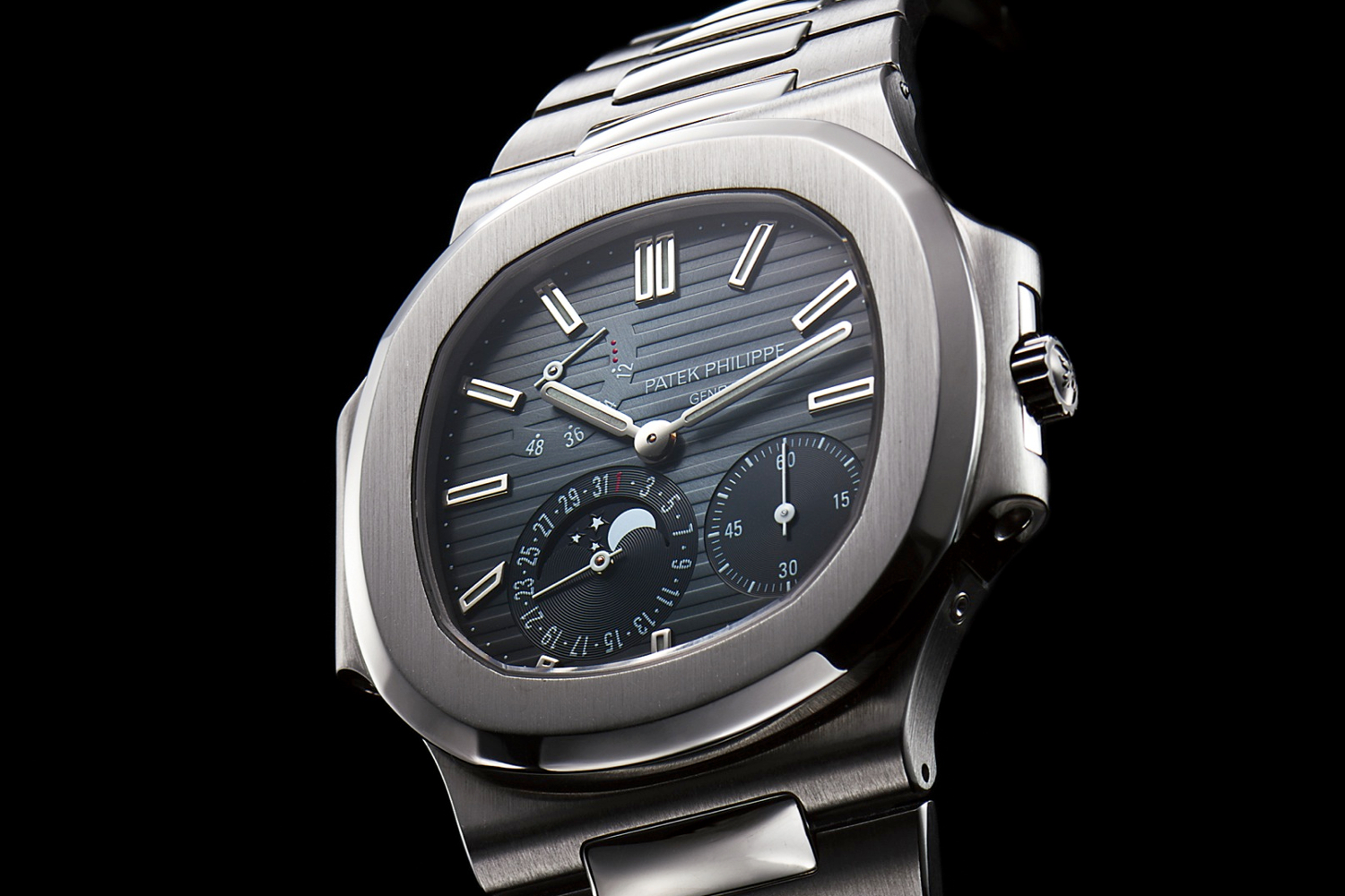 Patek Philippe Nautilus Ref. 3712 1 Antiquorum cropped.jpg