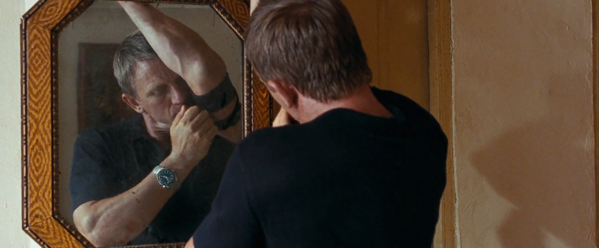 22. Quantum of Solace.mp4 - VLC media player 2017-09-06 11.48.08.png