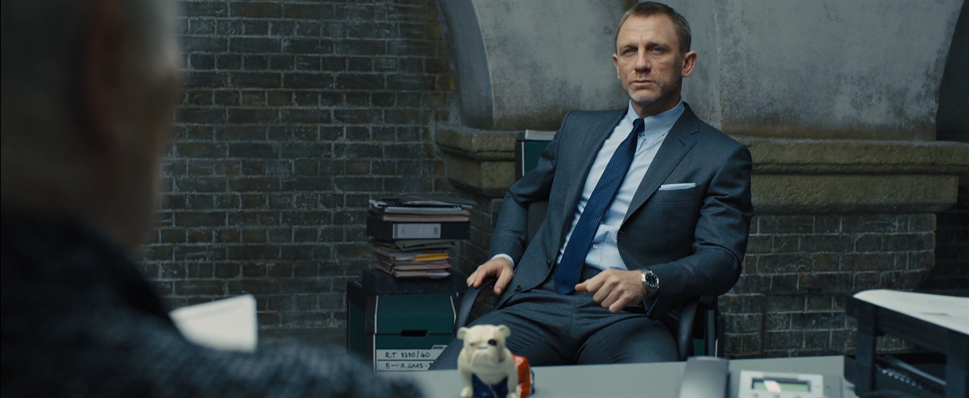 23. Skyfall.mp4 - VLC media player 2017-09-06 11.49.44.png
