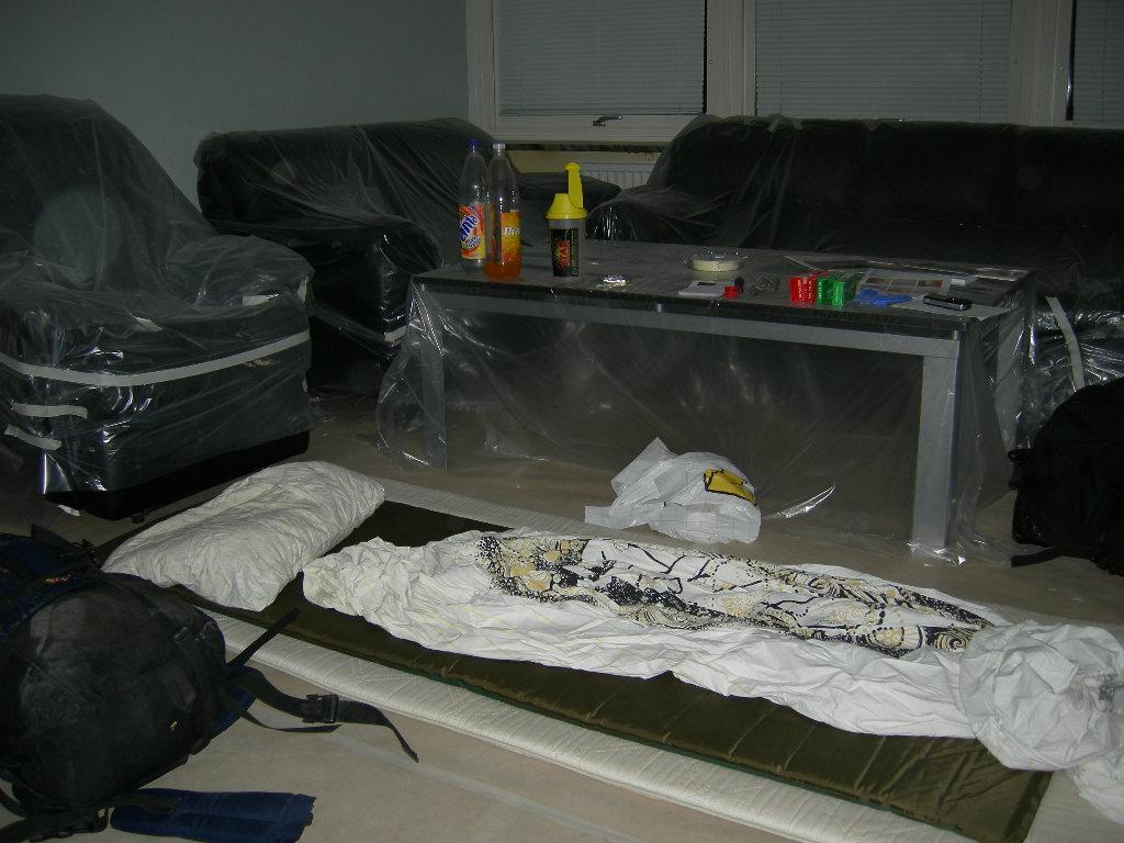 ... den här bilden är från en lägenhet i Helsingborg som var föremål för totalrenovering som en kollega fixade så att jag kunde sova i.