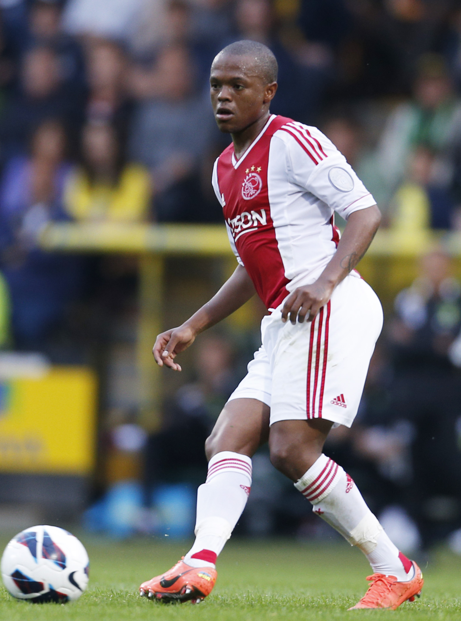 Thulani Serero in action for Ajax Amsterdam. Mosimane's work withSerero has seen the youngster become one of South Africa's best exports.Action Images / Andrew Couldridge