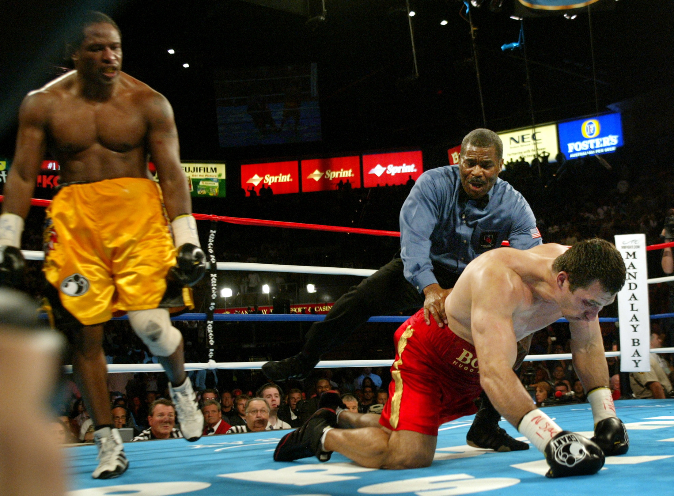 Wladimir Klitschko (r) is counted against Lamon Brewster in the 5th round of their WBO heavyweight title fight in 2004. Few could have predicted that the Ukrainian would go on to win 22 consecutive fights, including the rematch with Brewster. His ability to pick himself after failure is an example to all aspiring athletes. Image supplied by Action Images / Steve Marcus.