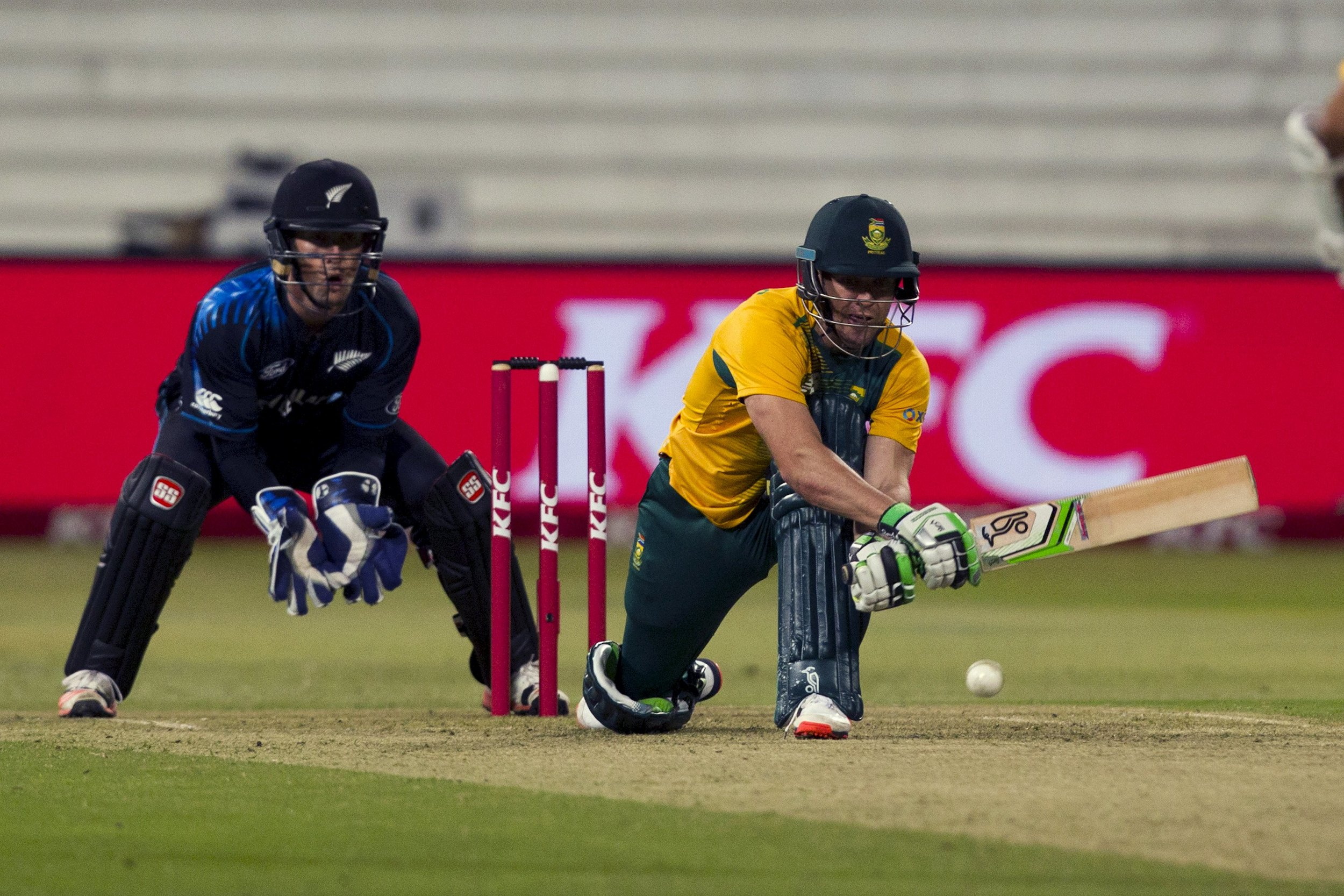 South Africa's AB de Villiers reverse sweeps against New Zealand.  Image supplied by Action Images.