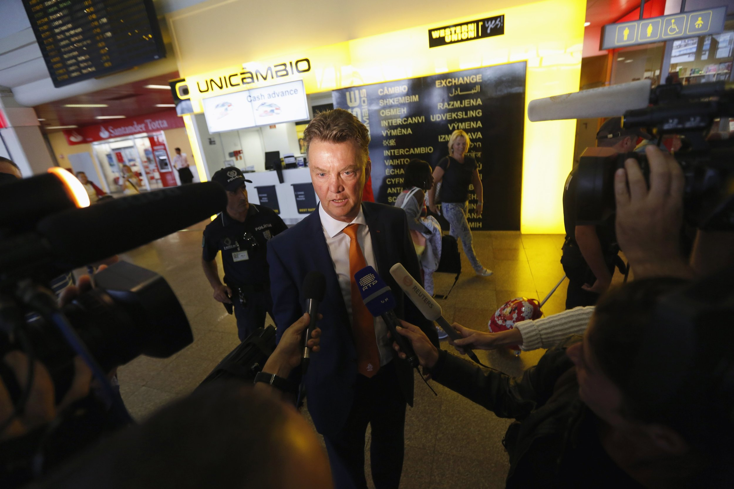 Louis van Gaal has never been a universally popular figure with the press and has had to constantly battle for a positive image. Here, as head coach of the Netherlannds, he speaks with journalists ahead of the 2014 World Cup in Brazil. Image supplied by Action Images /Rafael Marchante