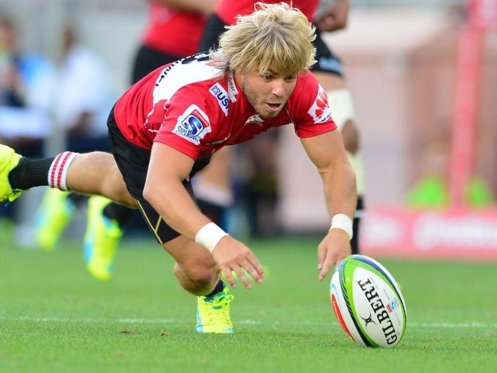 Faf de Klerk chases a ball for the Lions. His struggles with the Springboks contrasted with his outstanding play with his franchise.