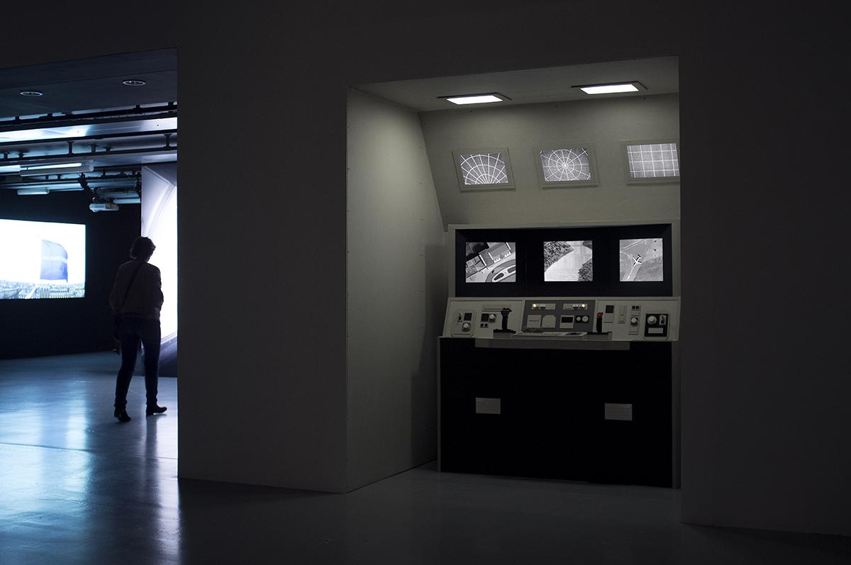 The Same Face / installed for the 'Aéroports / Ville-Monde' exhibition at La Gaîté Lyrique, Paris