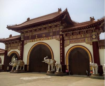Dajue Temple.jpg