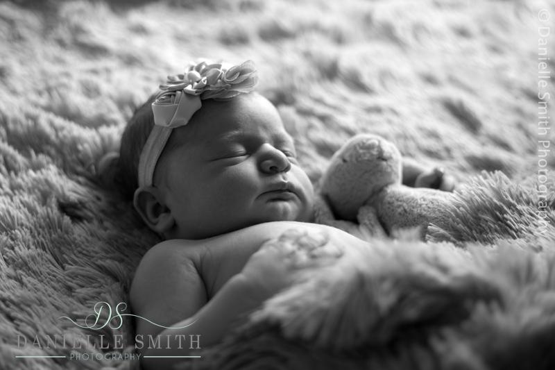 newborn photography hornchurch 3.jpg