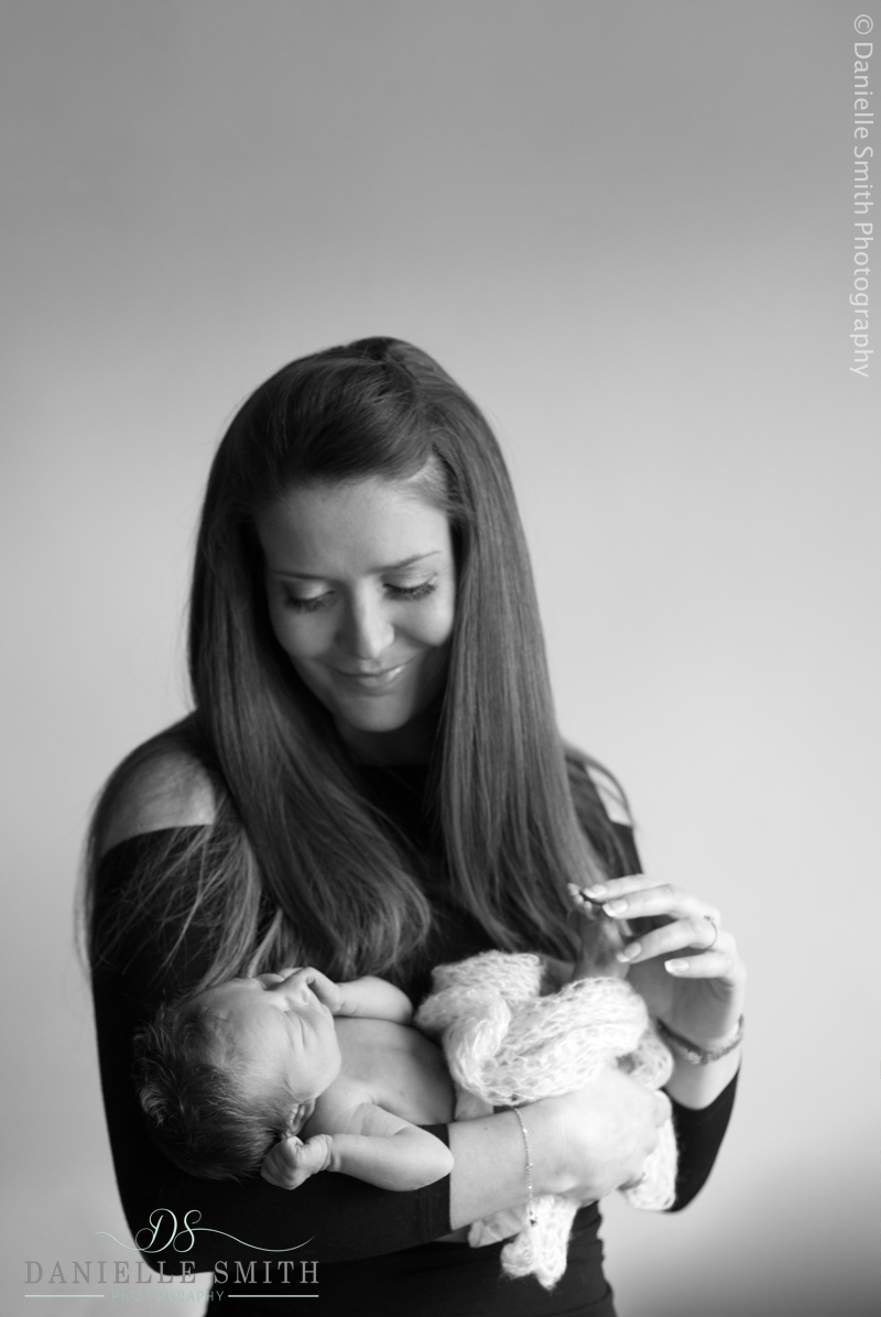 newborn photography wickford 3.jpg