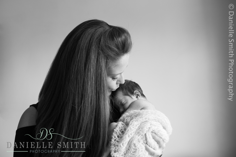 newborn photography wickford 4.jpg