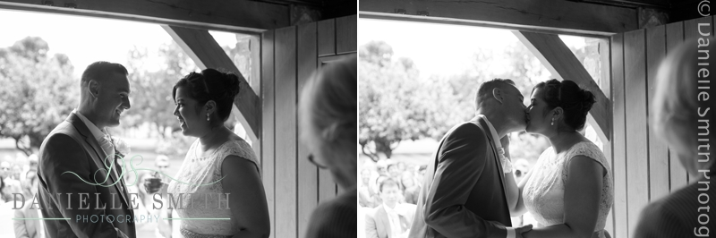 outdoor wedding ceremony at ye olde plough