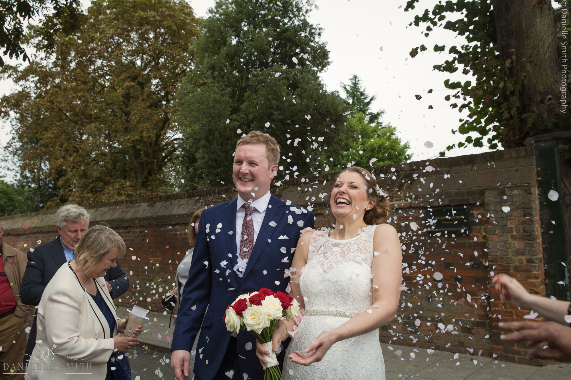 Langtons Wedding Photography- tracy and clive 26.jpg