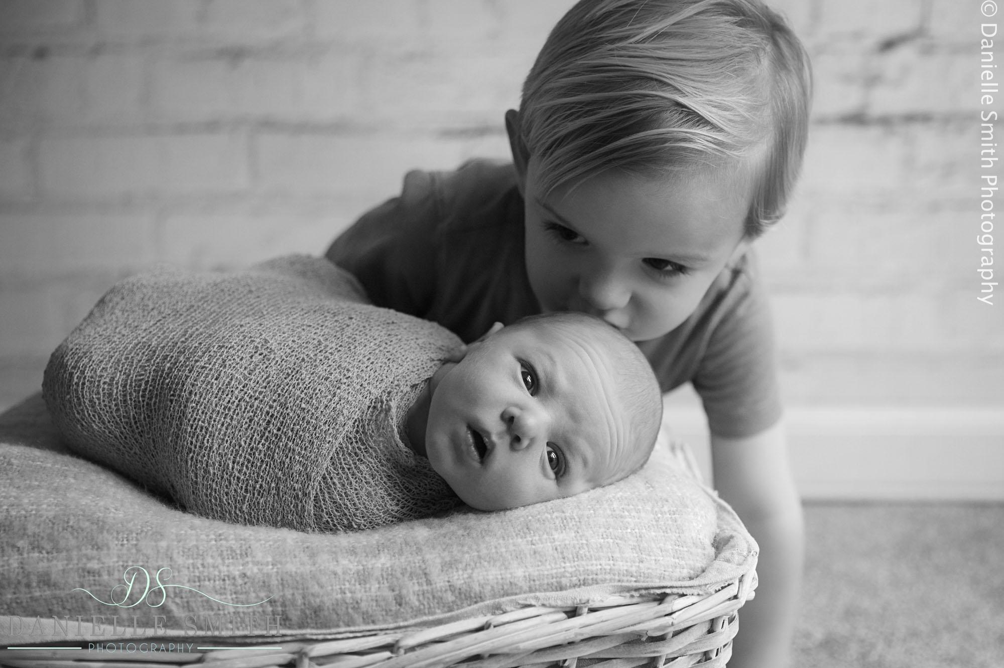 Ronnie- Newborn Photos 3.jpg
