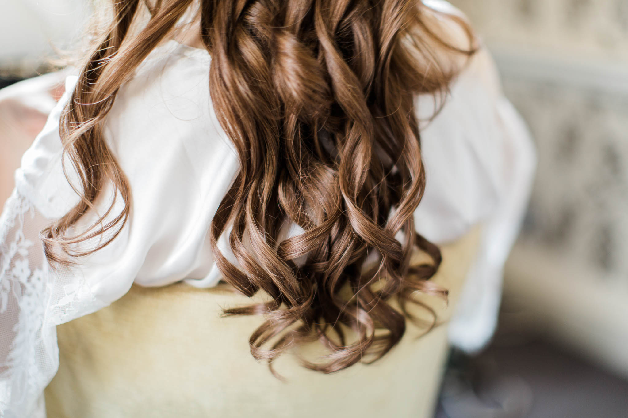 brides curly hair