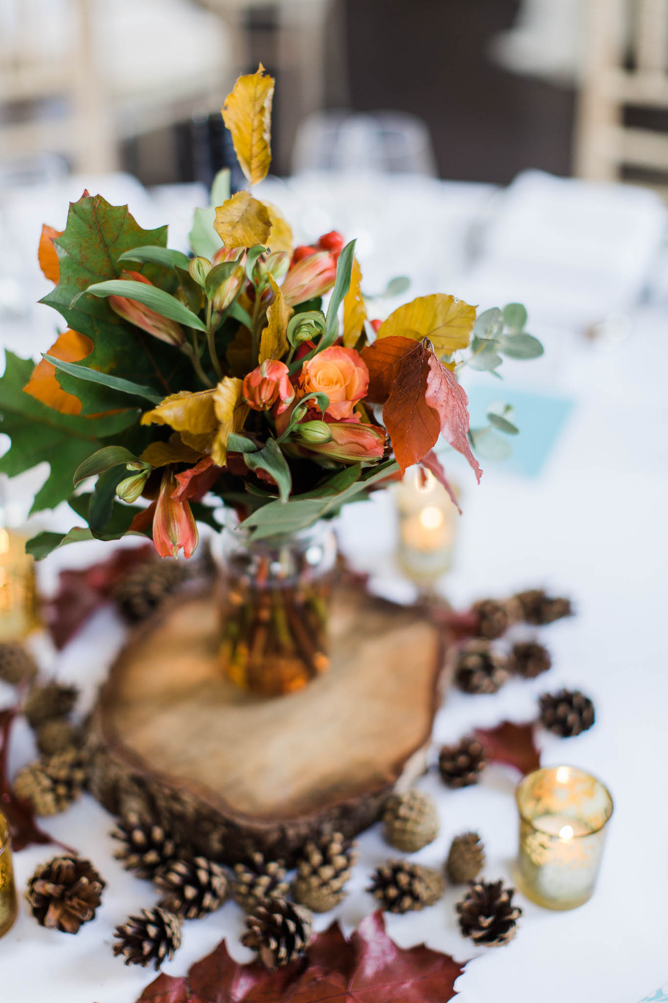 autumn flowers for wedding decor