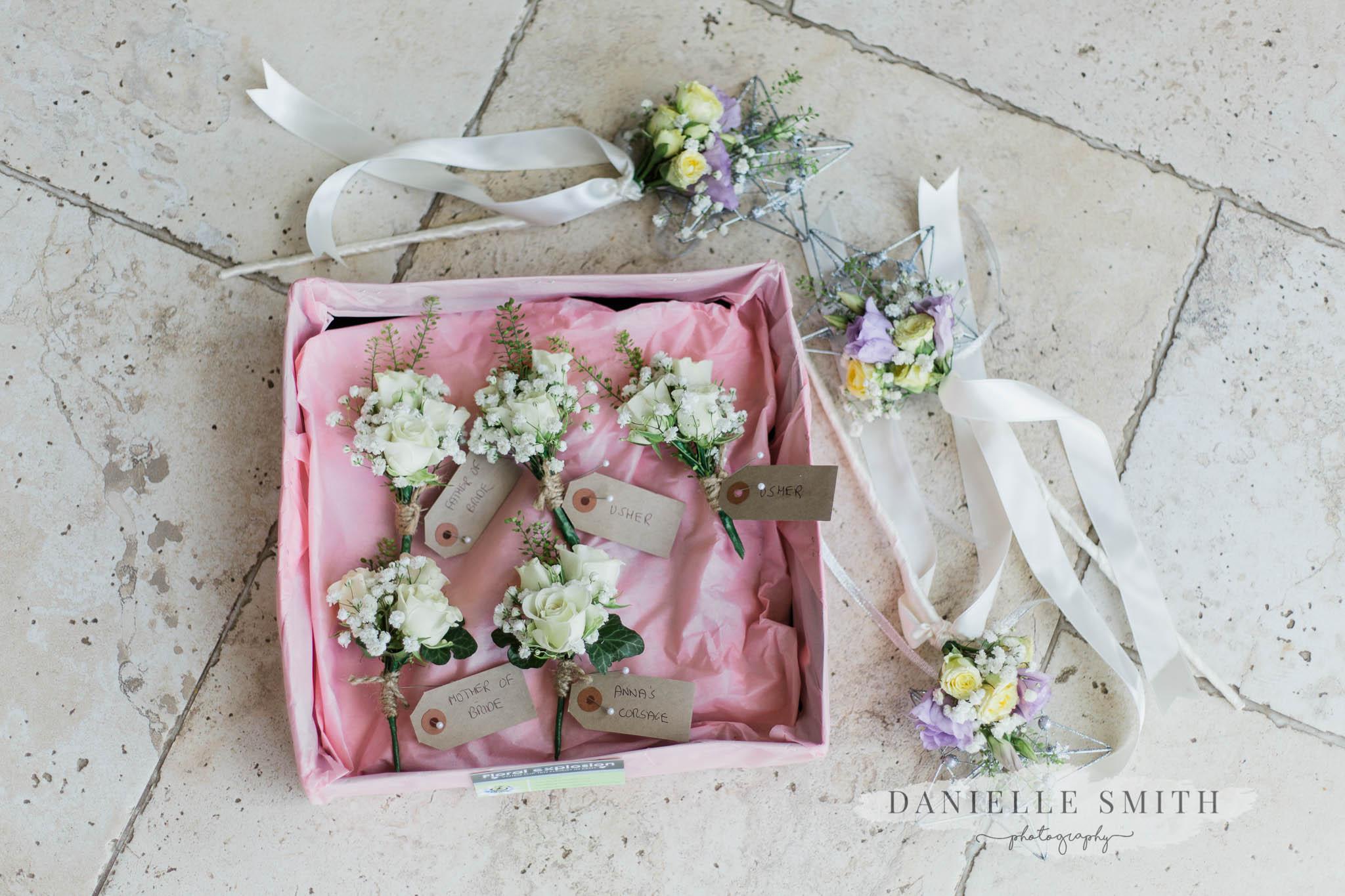 wedding flowers - kent wedding photography