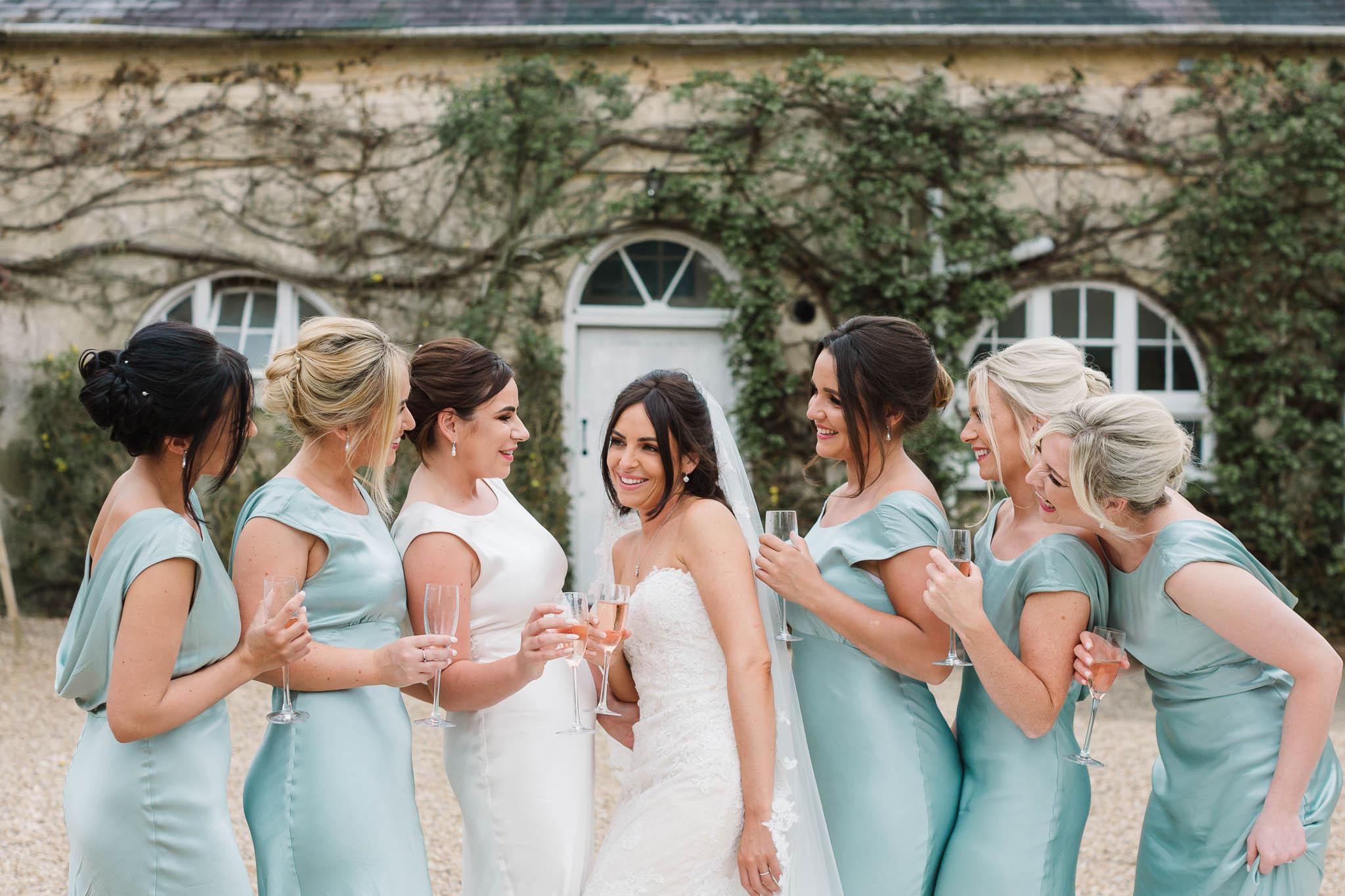 bride and bridesmaids at Northbrook park