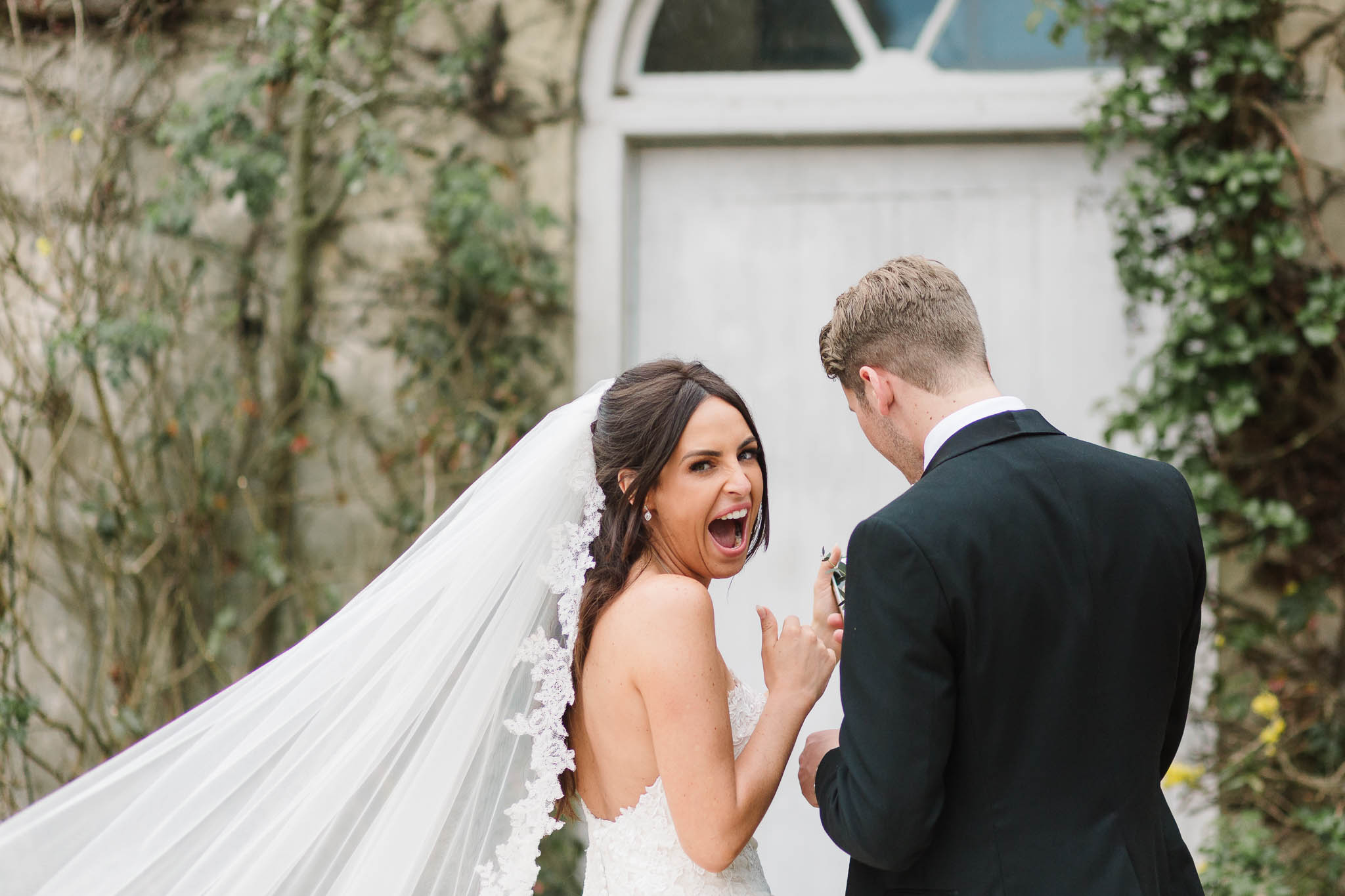 bride excited at photo on phone