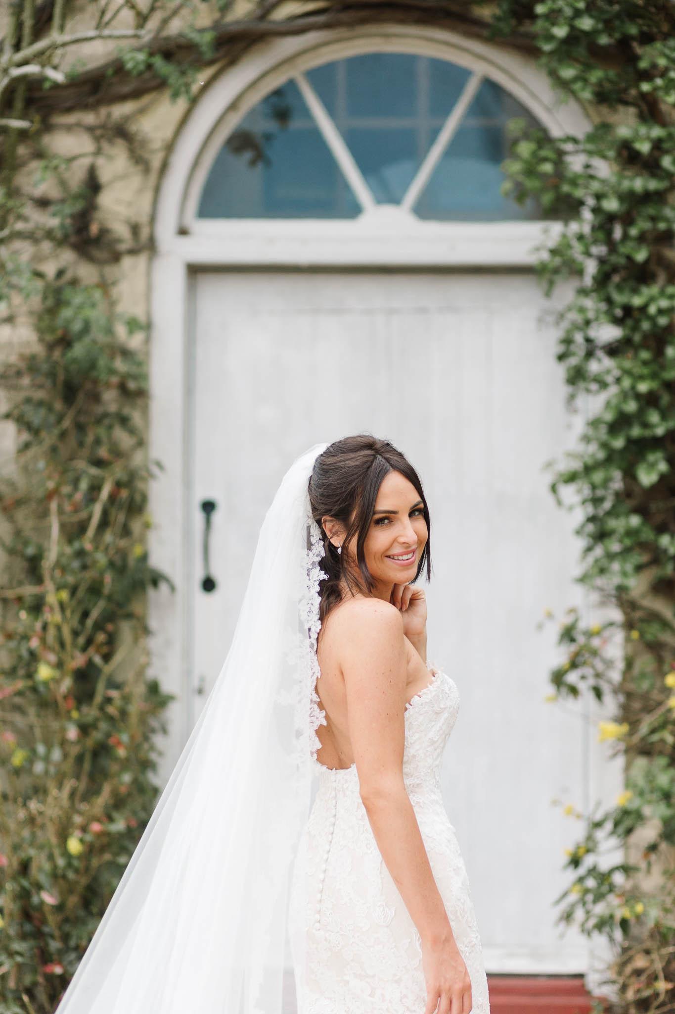 stunning bride - elegant and stylish wedding