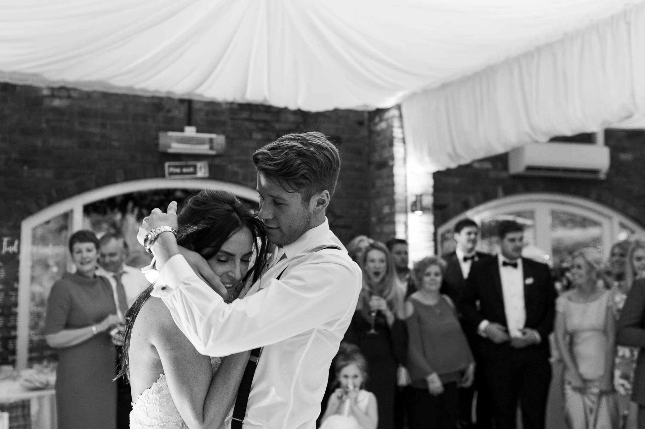 bride and grooms first dance at northbrook park