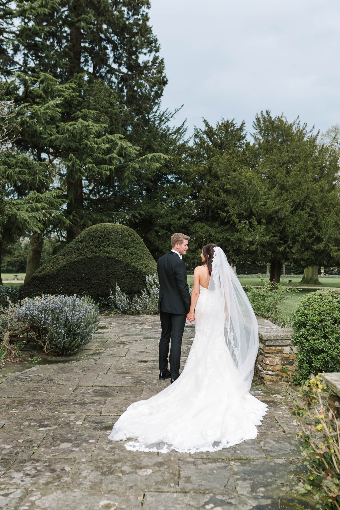 natural photo of bride and groom - elegant and stylish wedding