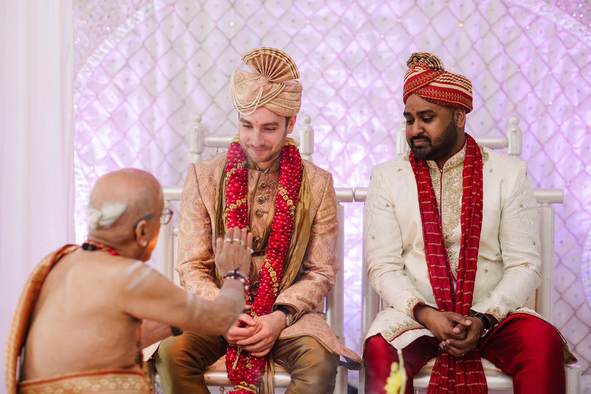 groom waiting for his bride at hindu wedding