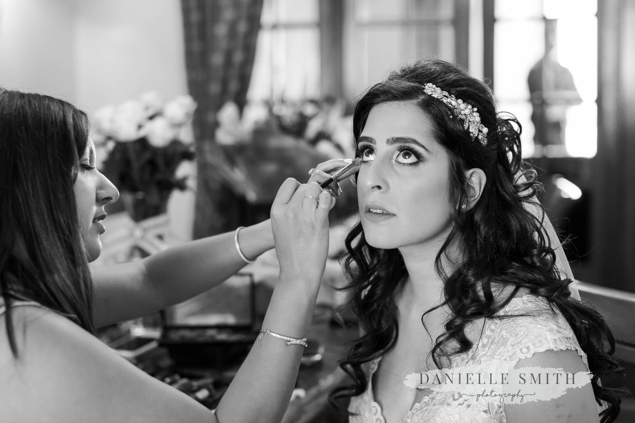 turkish bride having make up done