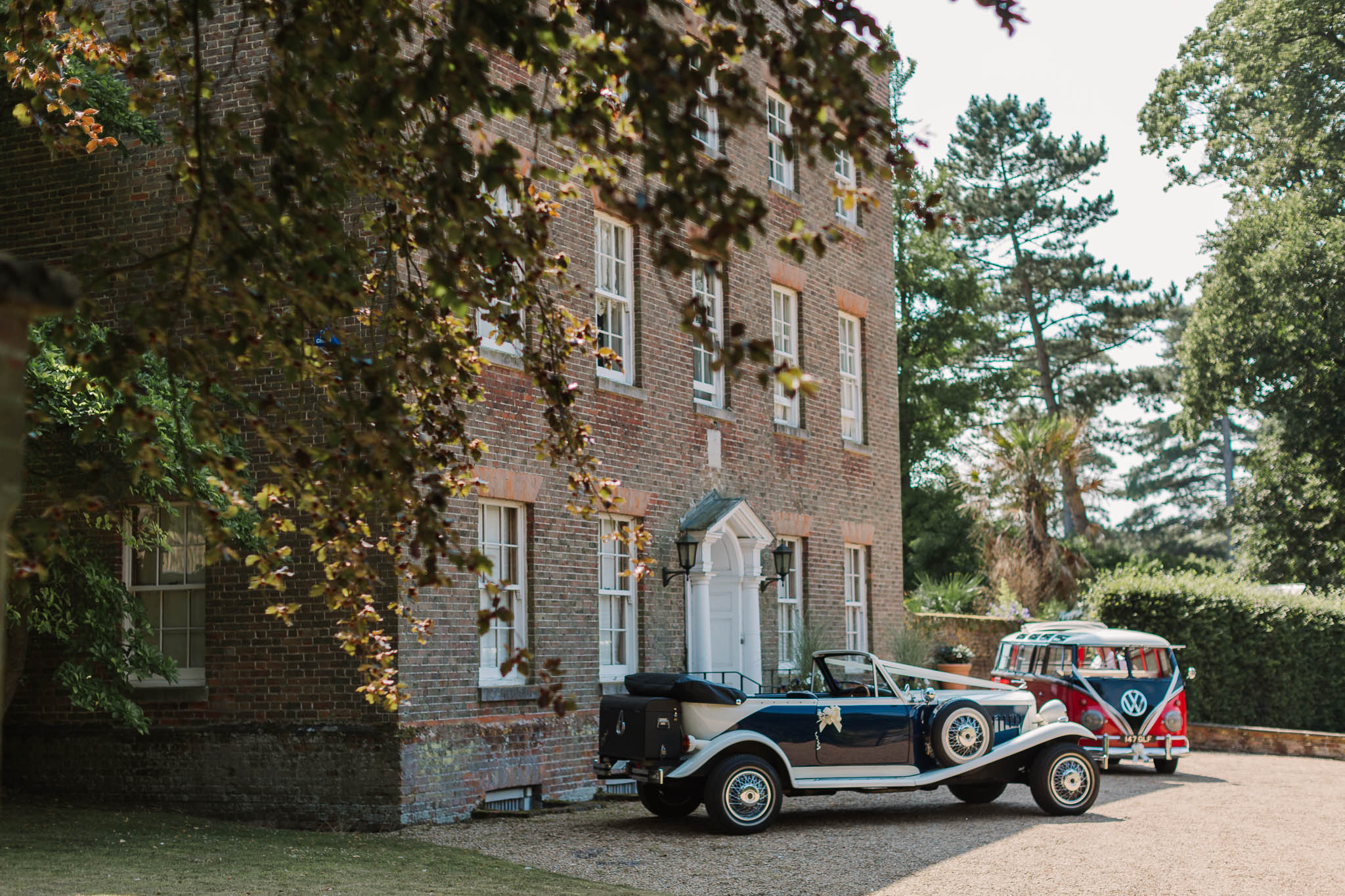 vintage wedding cars at swarling manor