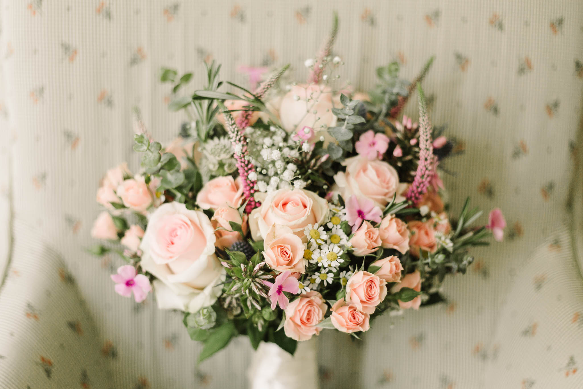 soft pink wedding bouquet - elegant london wedding