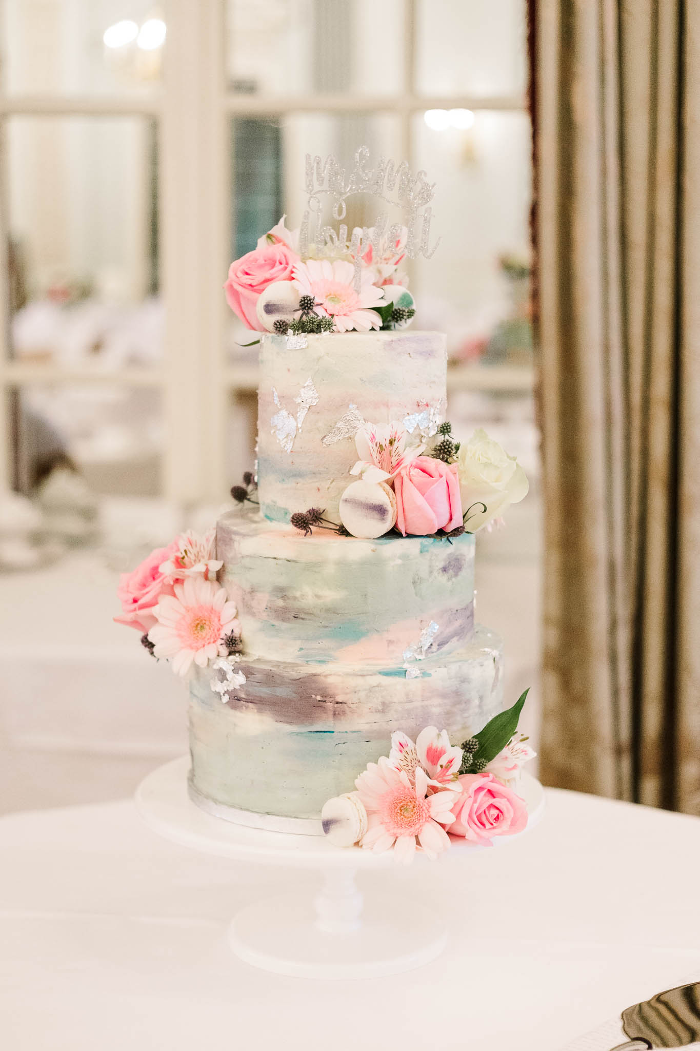pastel colour wedding cake - RAC club wedding