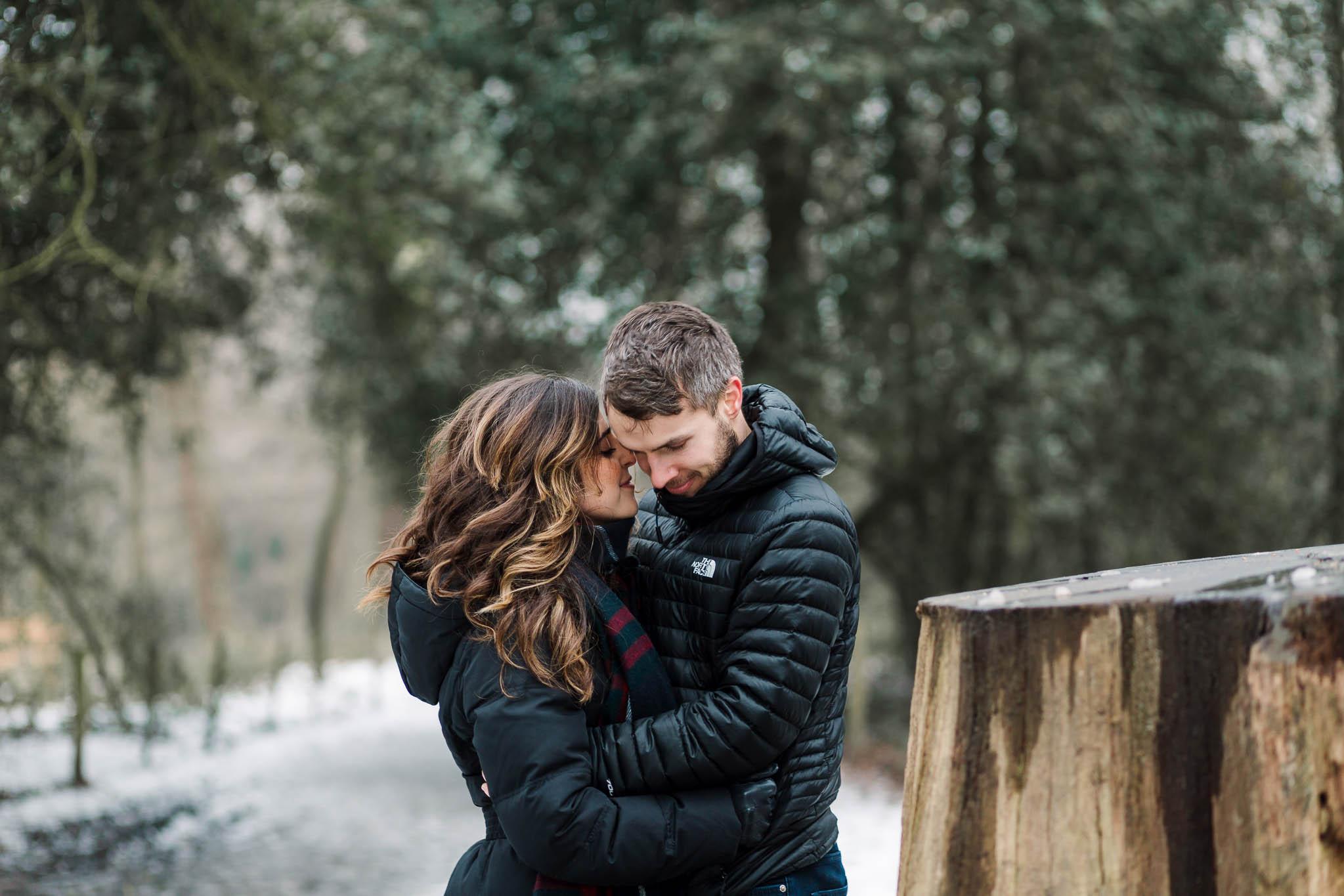 pre-wedding photo shoot in snow in london park