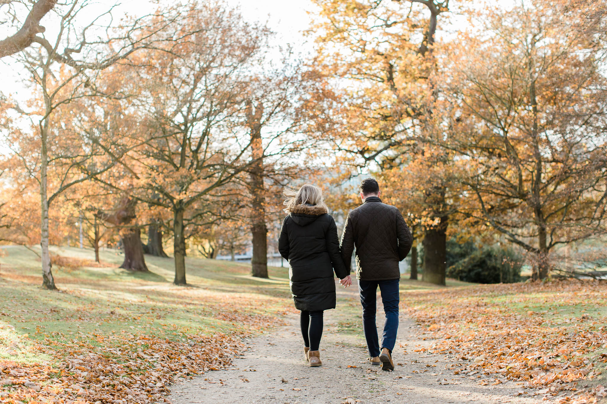 pre-wedding photo shoot in autumn woodland