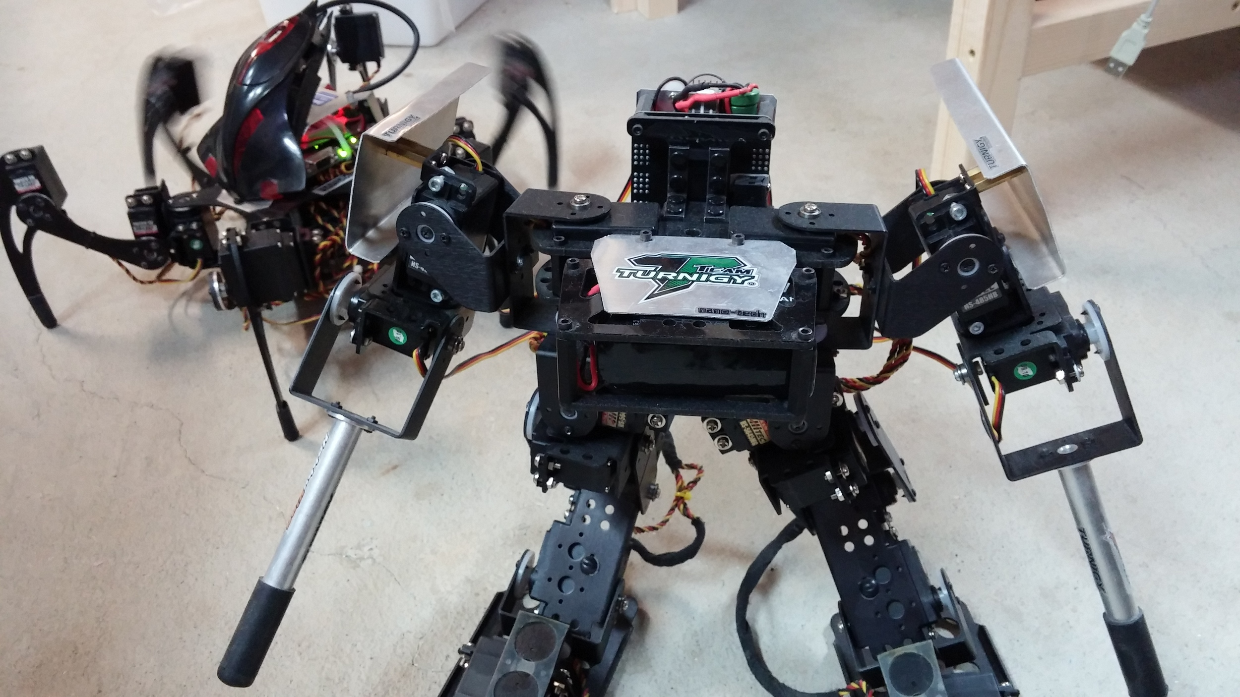 Biped & Hexapod modified from Lynxmotion Robotics with arduino core.