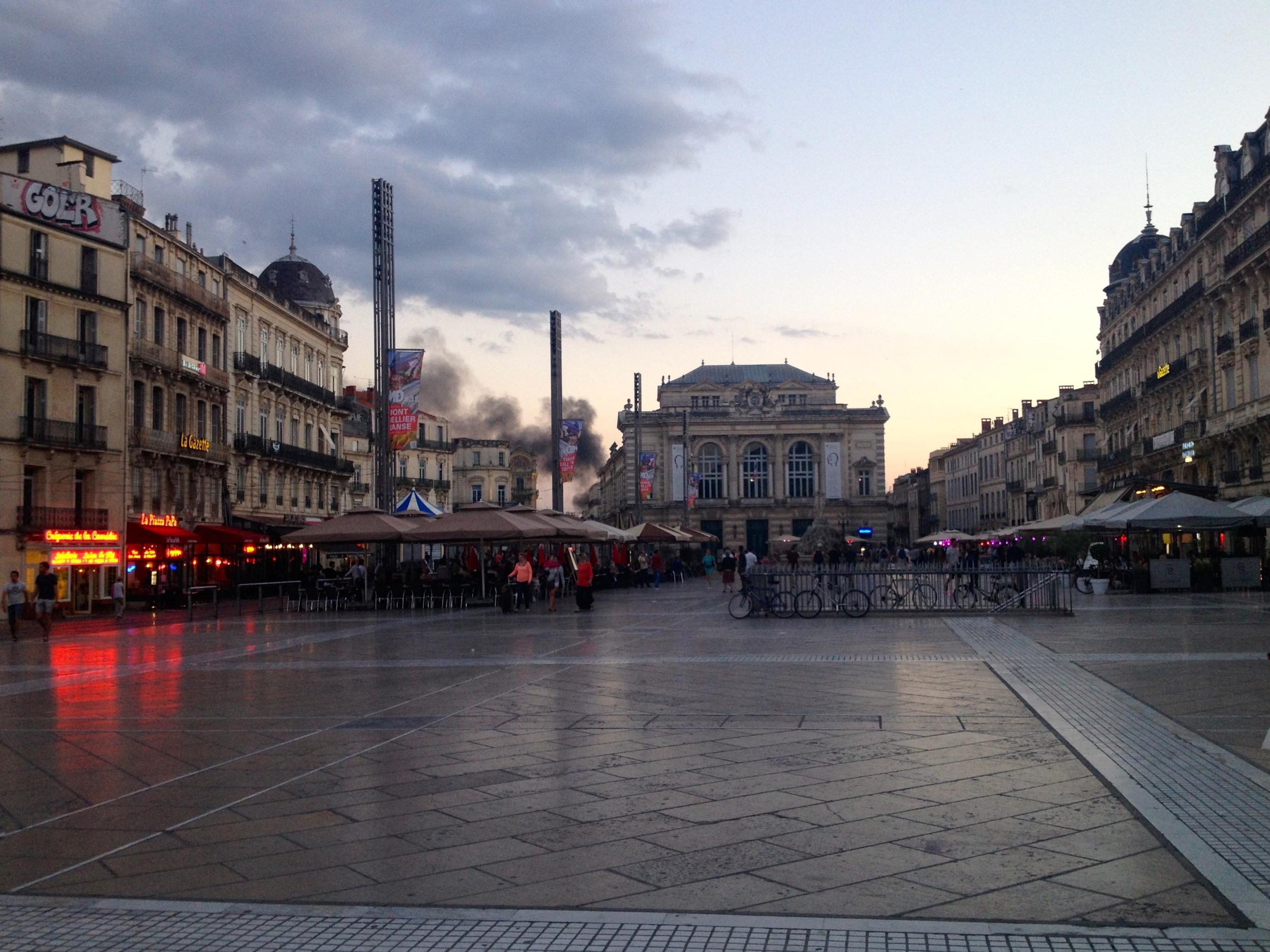 Place de la Comédie, facing l'Opéra.