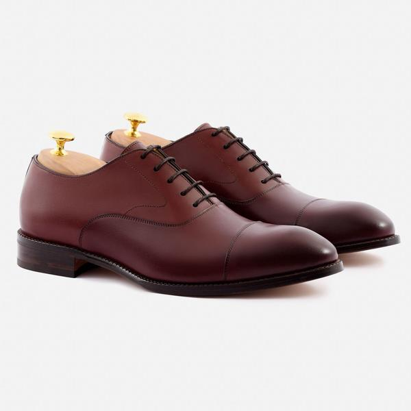 Dean Oxford - Beckett Simonon offers affordable handcrafted leather shoes that are way underpriced.