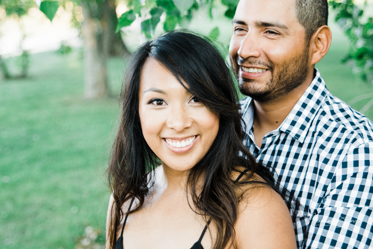 Clsoe up of engaged couple