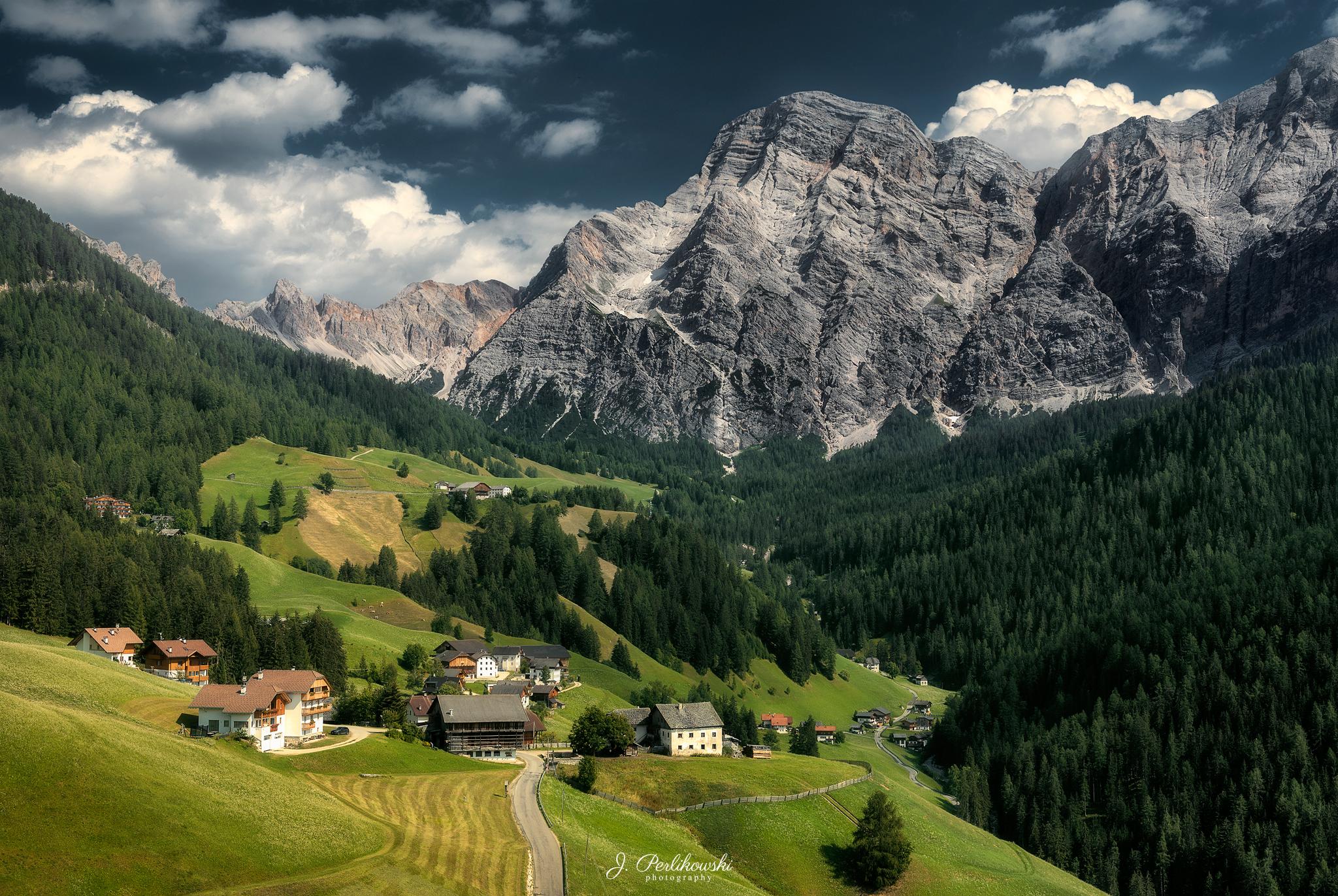 Italy small village.jpg