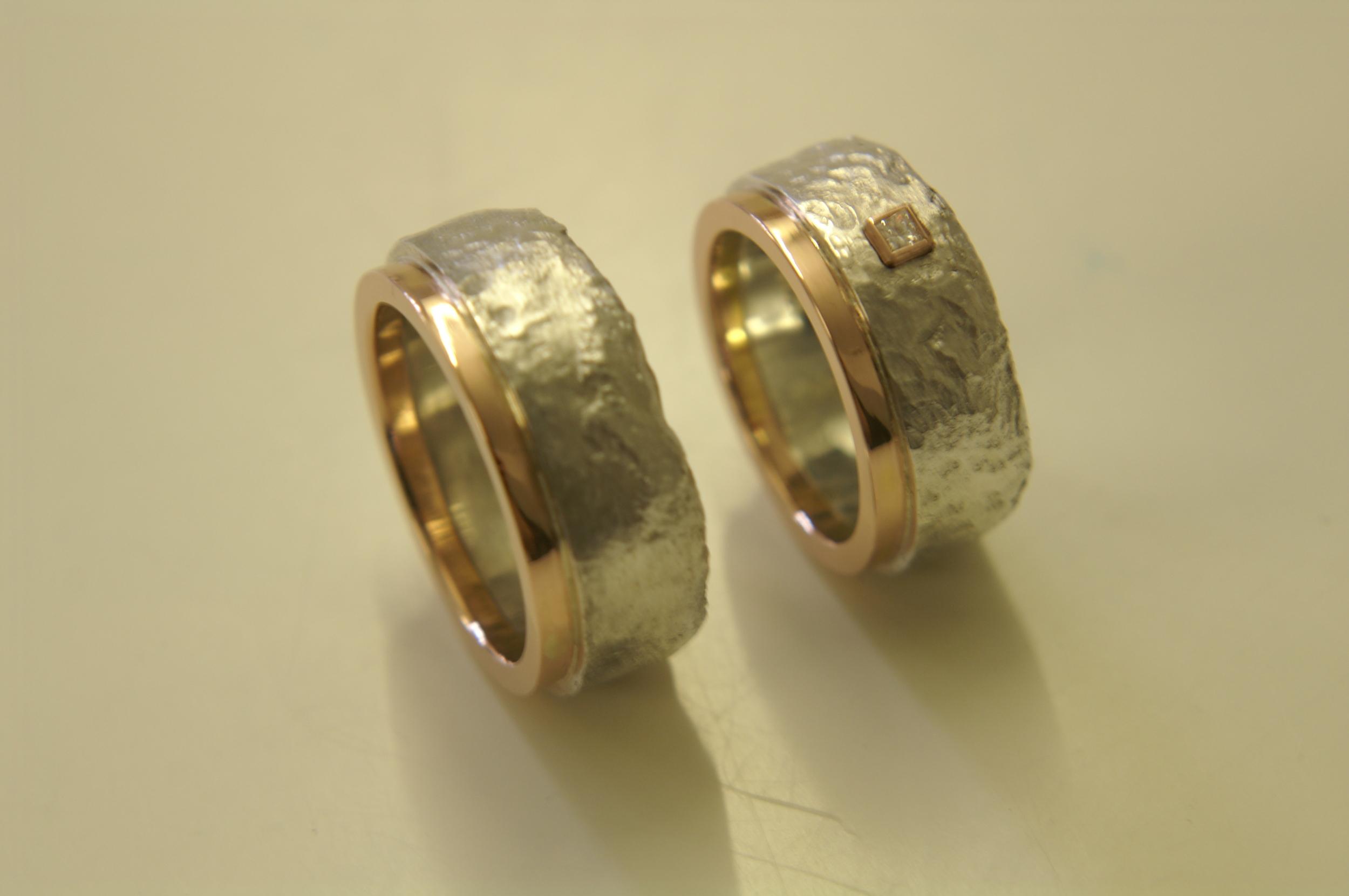 Resultaat!!   Zilveren ringen met roodgoud en princess diamant