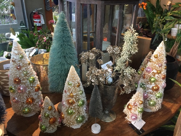 holiday vintage bottlebrush trees