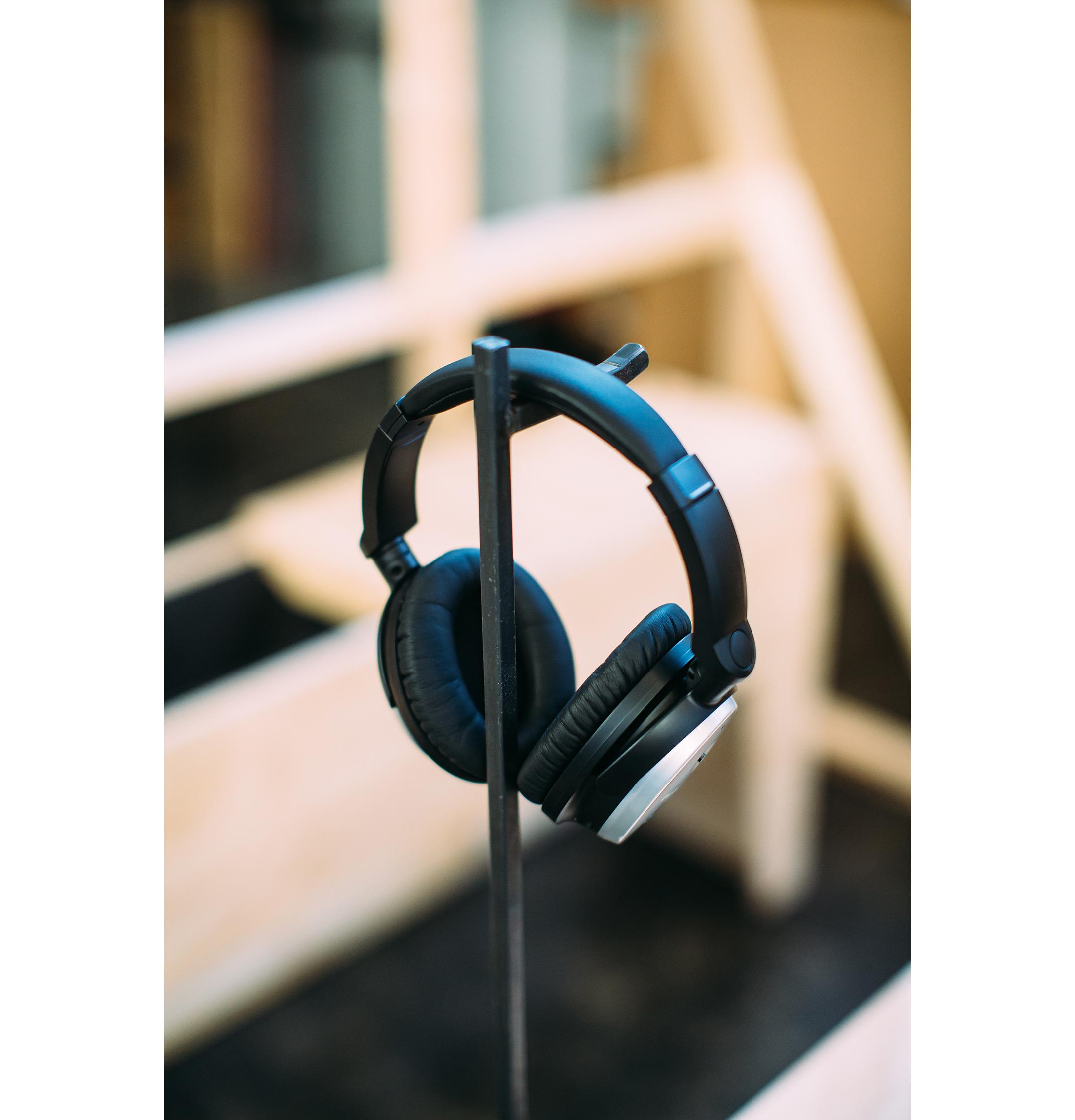 headphone-sp.jpg