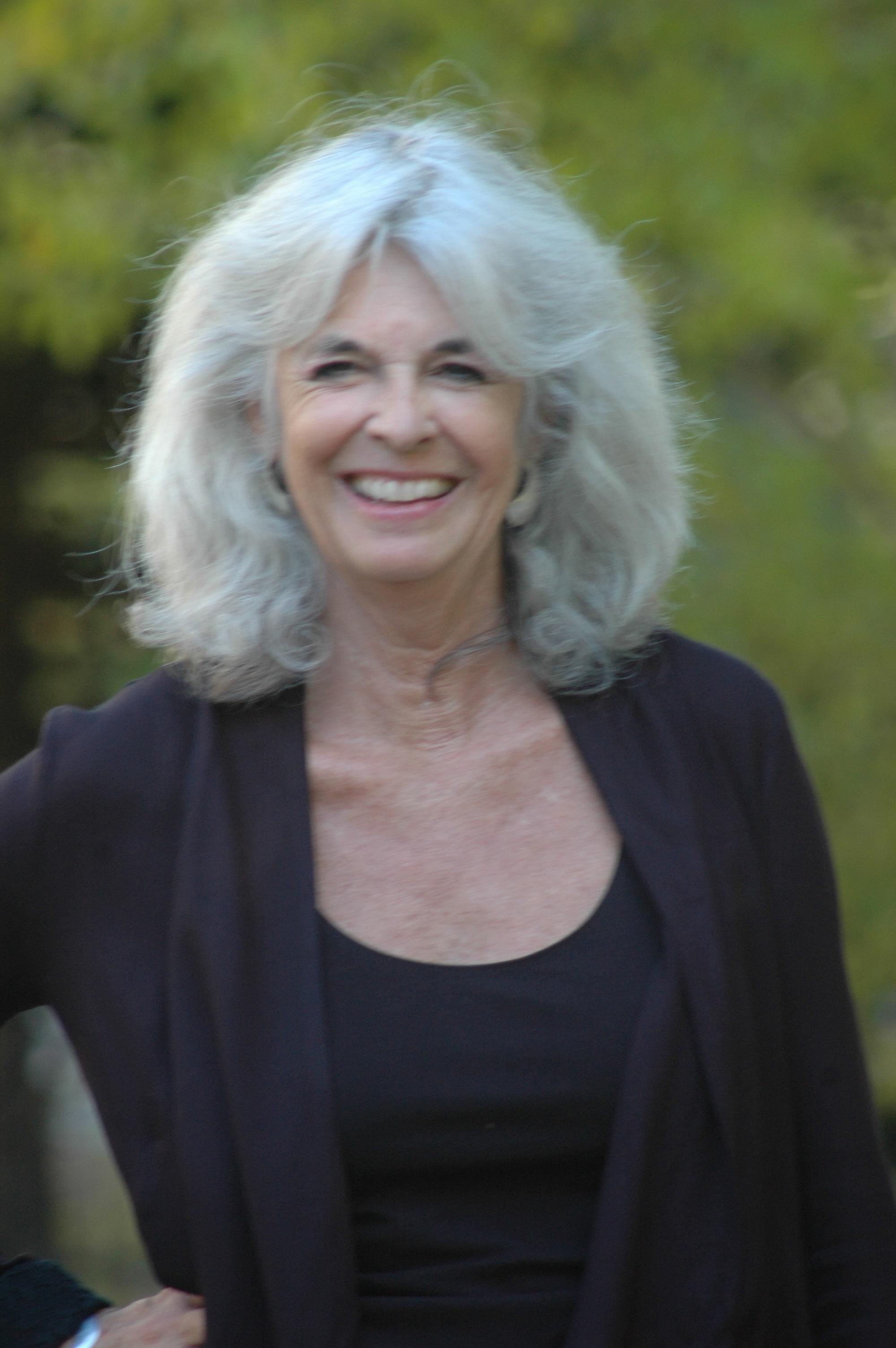 Laurie Y.jpg