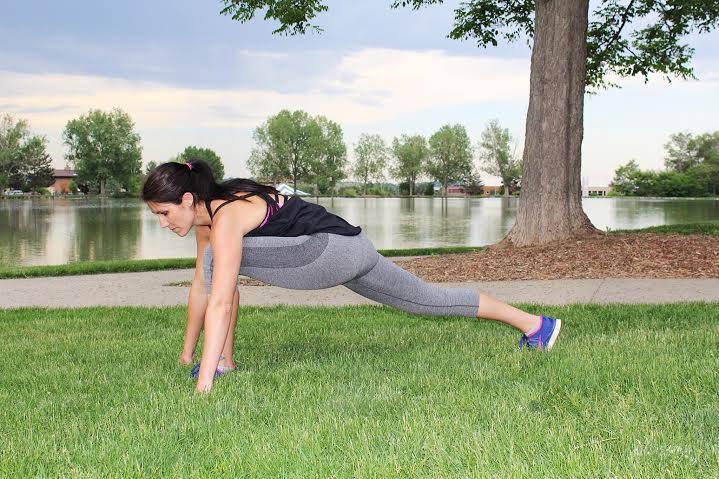 stretching summer workout routine.jpg