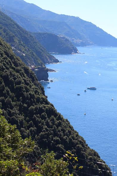 cinque terre hike views