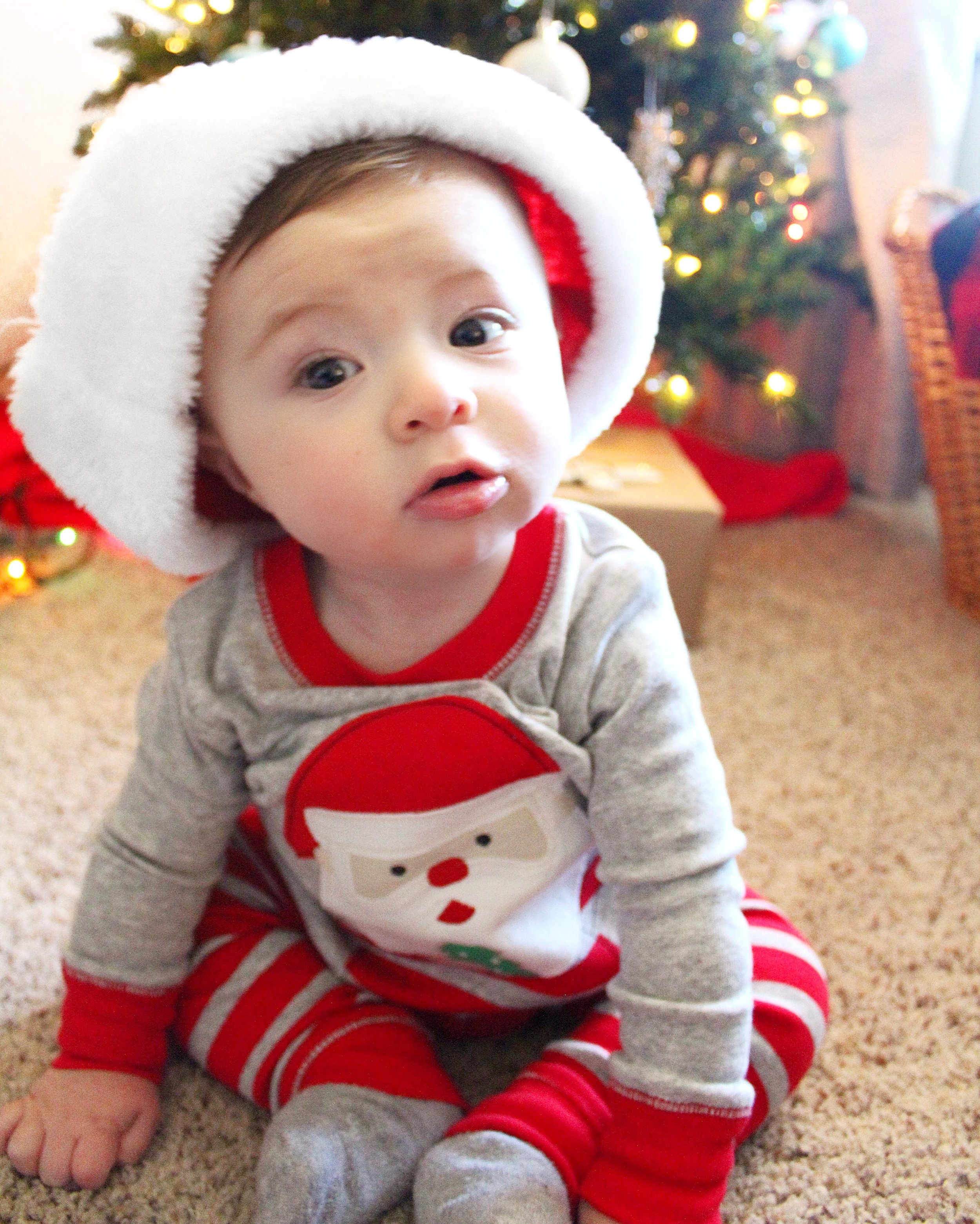 babys-first-christmas-hat.JPG
