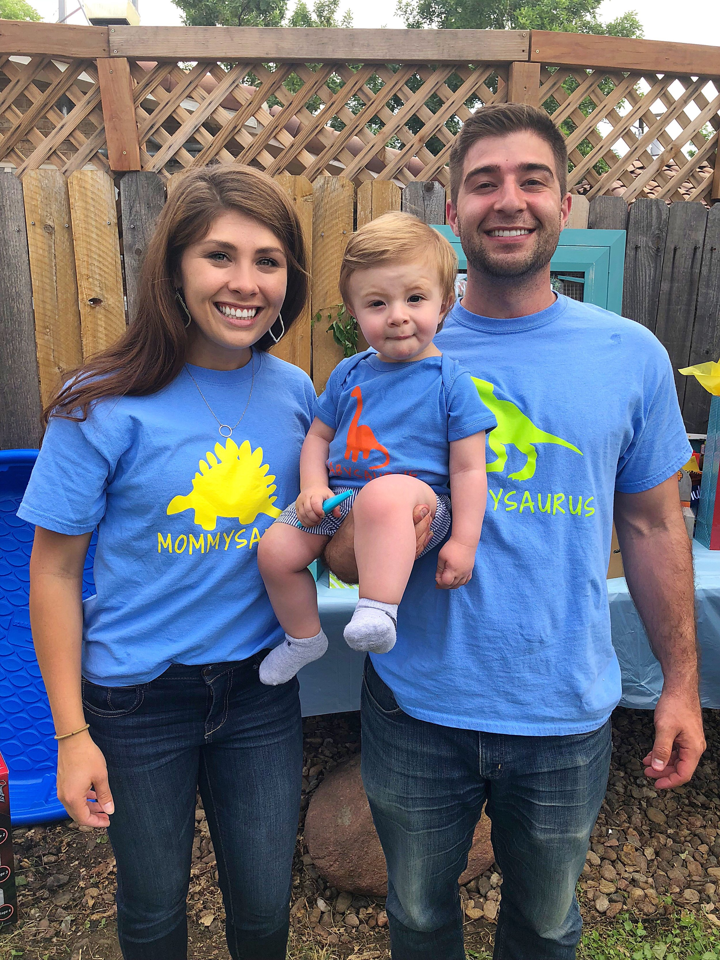 mommysaurous-daddysaurous-babysaurous-tee-shirts