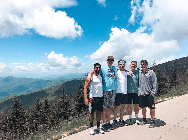 🏝Summer Vibes🏝 Prez and his buds enjoying the Smoky Mountains⛰